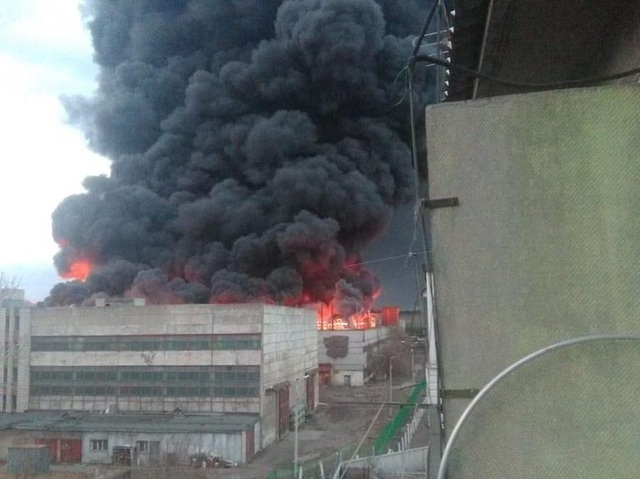 Cháy lớn ở nhà máy chế tạo tên lửa liên lục địa Nga - 1