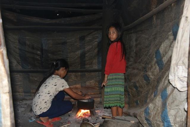 Cảm thương 150 học sinh dân tộc thiểu số kiếm con chữ trong những ngôi nhà tạm - 3