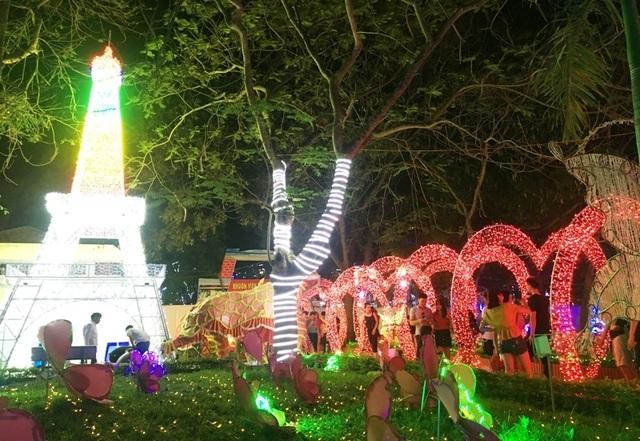 Hấp dẫn với lễ hội ánh sáng lần đầu tiên tại thành phố biển Sầm Sơn - 7