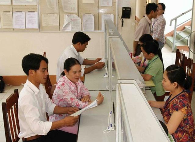 Nghị định công chức cấp xã: Mỗi xã giảm bao nhiêu công chức? - 1