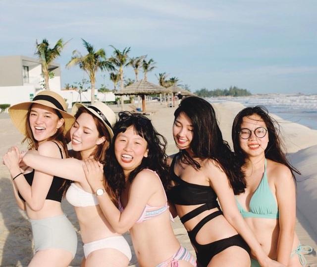 Nữ game thủ xinh đẹp Trinh Xíu khoe dáng với bikini cut-out - 4