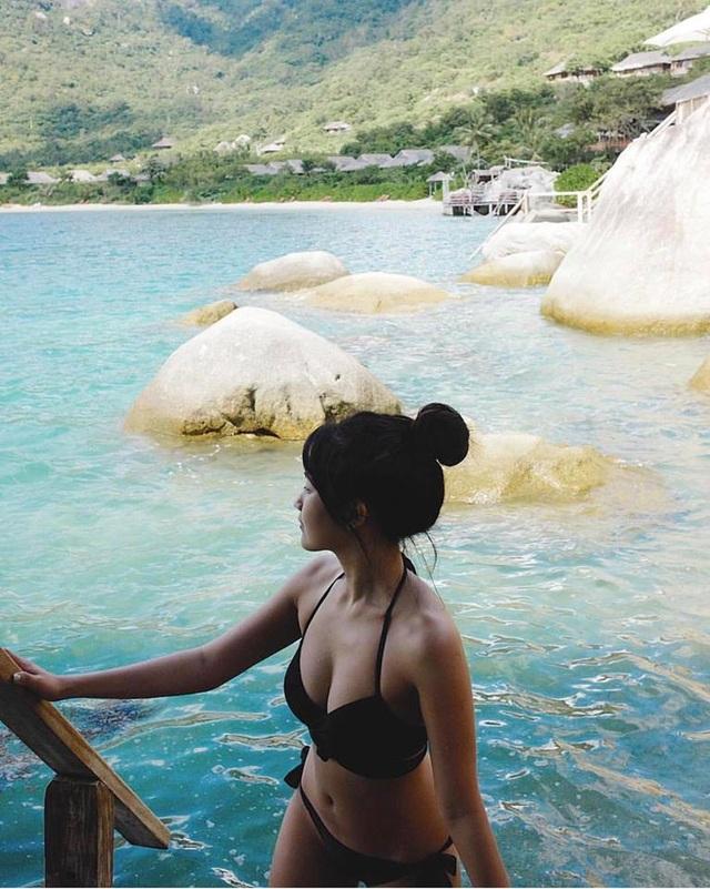 Nữ game thủ xinh đẹp Trinh Xíu khoe dáng với bikini cut-out - 7