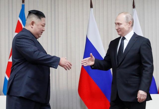 Thông điệp phía sau nụ cười của lãnh đạo Nga - Triều trong cuộc gặp lịch sử - 1