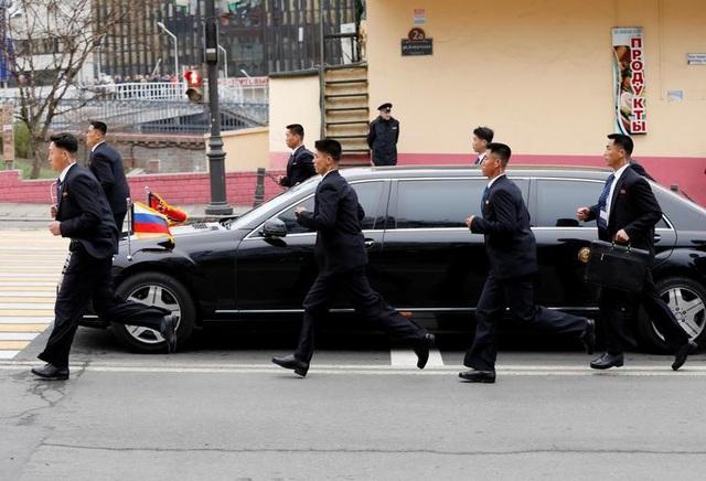 Những hình ảnh ấn tượng về chuyến thăm Nga lịch sử của ông Kim Jong-un - 5