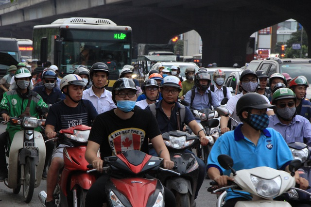 The Hanoi gate was terribly crowded when people gathered in the village on April 30-March
