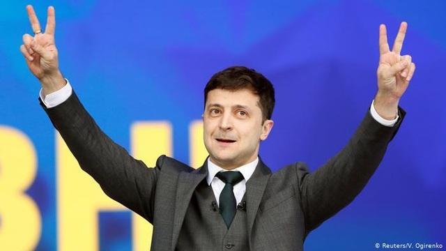Những cuộc chiến chờ đợi tổng thống đắc cử Ukraine - 1
