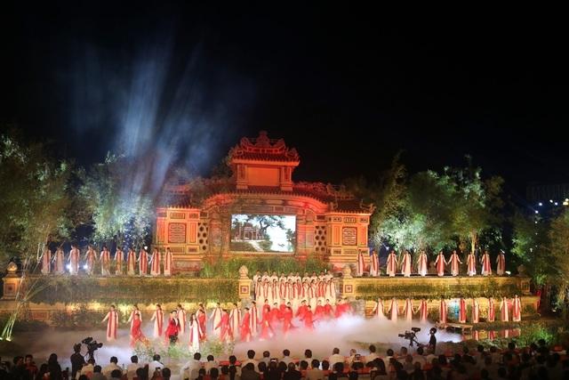 """Khai mạc Festival nghề truyền thống Huế 2019 """"Tinh hoa nghề Việt"""" - 1"""