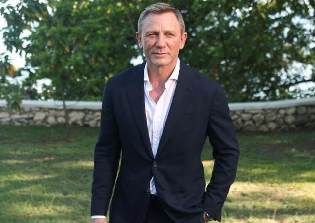 Daniel Craig muốn từ giã James Bond trong hào quang  - 1