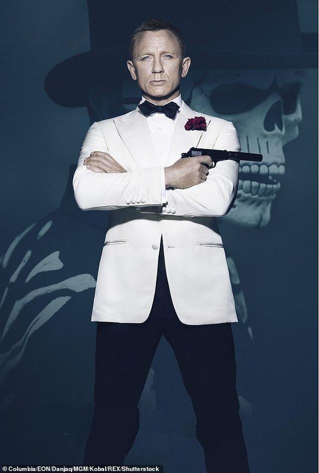 Daniel Craig muốn từ giã James Bond trong hào quang  - 2
