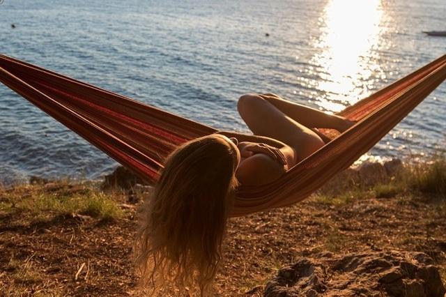 Trào lưu chụp ảnh khỏa thân khi du lịch được giới trẻ hưởng ứng - 3