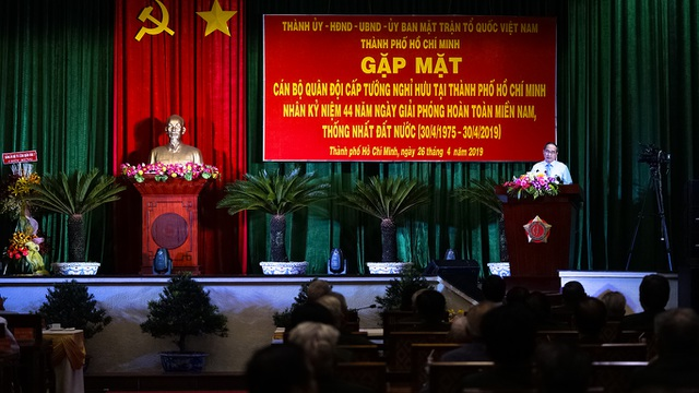 Bí thư Nguyễn Thiện Nhân trò chuyện với các tướng lĩnh nghỉ hưu - 5