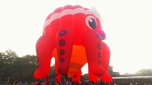 Hào hứng với lễ hội khinh khí cầu quốc tế - 6