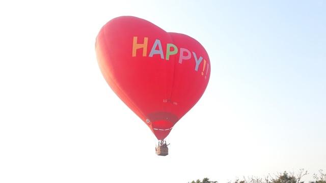 Hào hứng với lễ hội khinh khí cầu quốc tế - 9