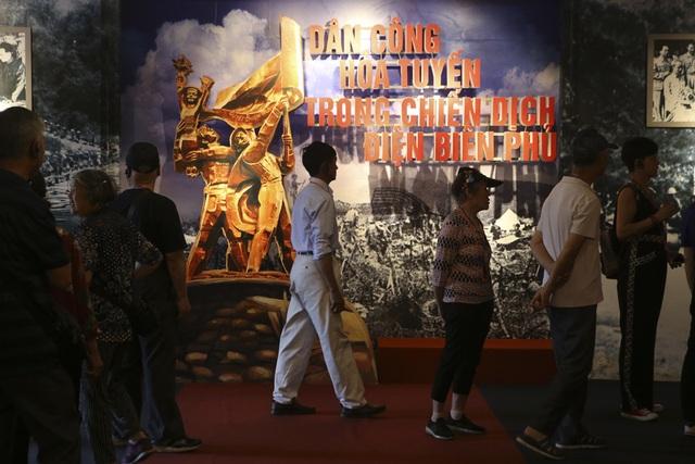 Hình ảnh, hiện vật đặc biệt của dân công hỏa tuyến trong chiến dịch Điện Biên Phủ - 1
