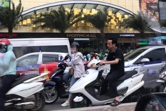 """Bị phản ứng vì không đội mũ bảo hiểm khi đi xe máy, """"ông trùm"""" Hoàng Dũng nói gì? - 1"""