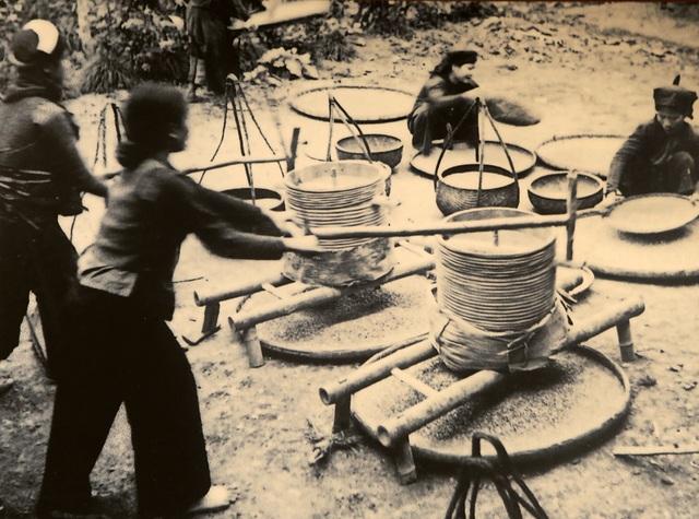Hình ảnh, hiện vật đặc biệt của dân công hỏa tuyến trong chiến dịch Điện Biên Phủ - 9