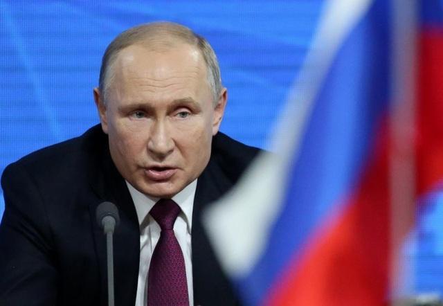 Ông Putin: Nga có thể đơn giản hóa cấp hộ chiếu cho toàn bộ công dân Ukraine - 1