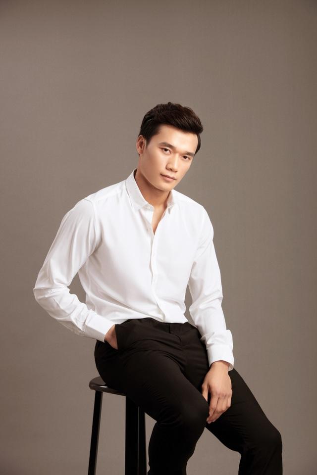 Quốc Cơ, Quốc Nghiệp đọ vẻ điển trai với Quang Hải, Văn Hậu, Tiến Dũng - 9