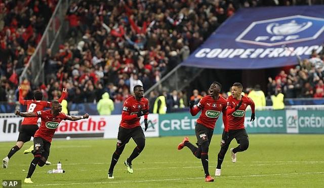 Thua sốc dù dẫn trước 2 bàn, PSG mất chức vô địch cúp quốc gia Pháp - 2
