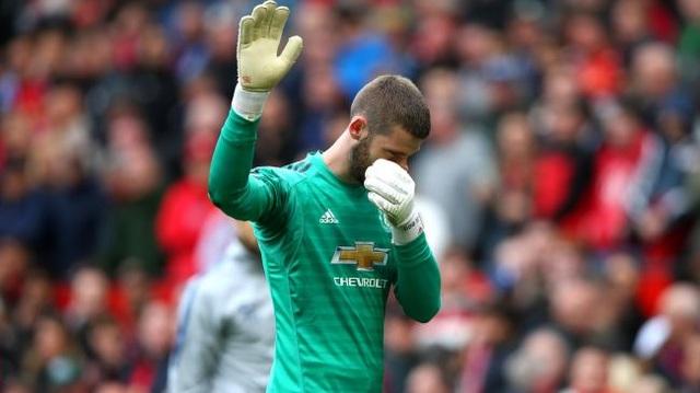 Man Utd 1-1 Chelsea: De Gea lại gây họa - 9