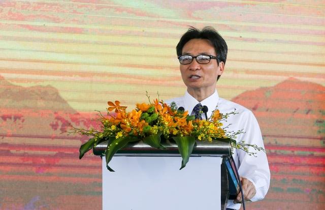 Cụm nhà máy điện mặt trời 330mwp lớn nhất Đông Nam Á chính thức hòa lưới điện quốc gia - 2