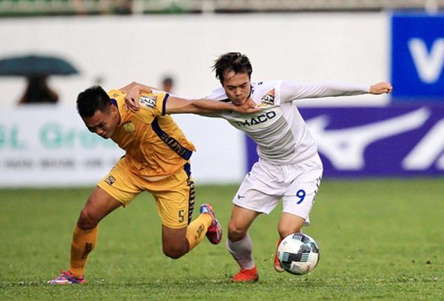 HA Gia Lai chia điểm với Thanh Hoá trong cơn mưa bàn thắng - 1