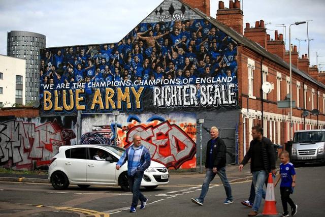 Nhìn lại trận thua tan tác của Arsenal trên sân Leicester - 1