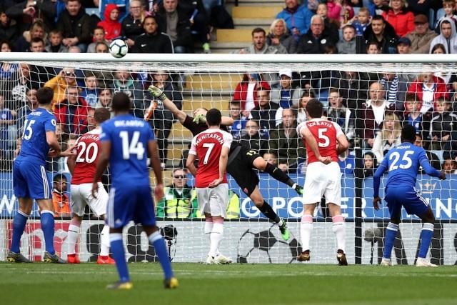 Nhìn lại trận thua tan tác của Arsenal trên sân Leicester - 7