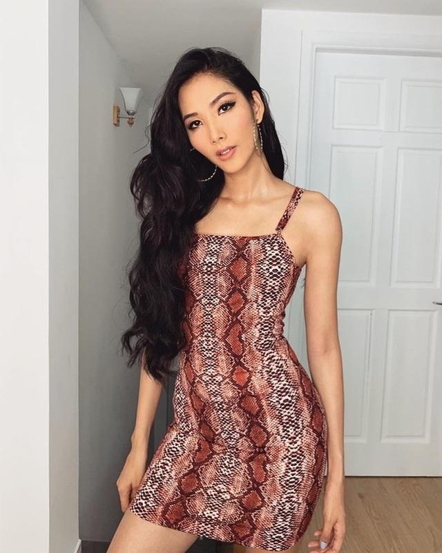 Ngô Thanh Vân khoe thân hình bốc lửa với bikini ở tuổi 40 - 10