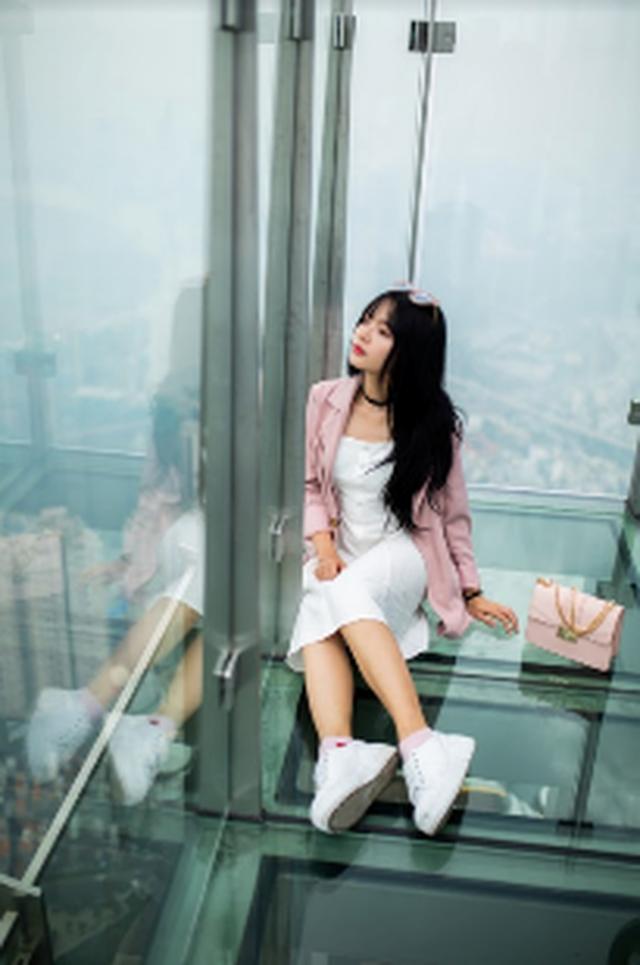 """""""Sống ảo trên mây"""" ở Đài quan sát Skyview cao nhất Đông Nam Á - 8"""
