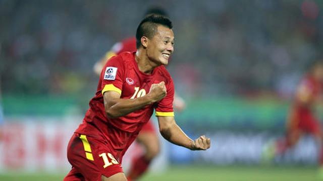 """""""Xem giò"""" cầu thủ Việt kiều, thầy Park đang khủng hoảng nhân sự tốt cho đội tuyển? - 1"""