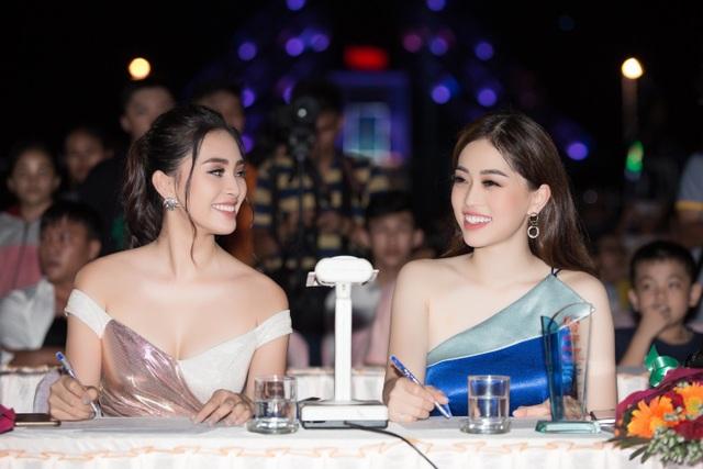 """Tiểu Vy, Phương Nga, Thuý An """"tướt mồ hôi"""" tìm sứ giả du lịch cho Ninh Thuận - 3"""