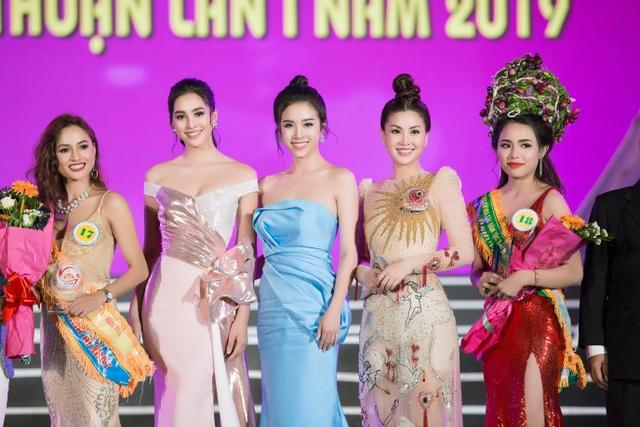 """Tiểu Vy, Phương Nga, Thuý An """"tướt mồ hôi"""" tìm sứ giả du lịch cho Ninh Thuận - 10"""