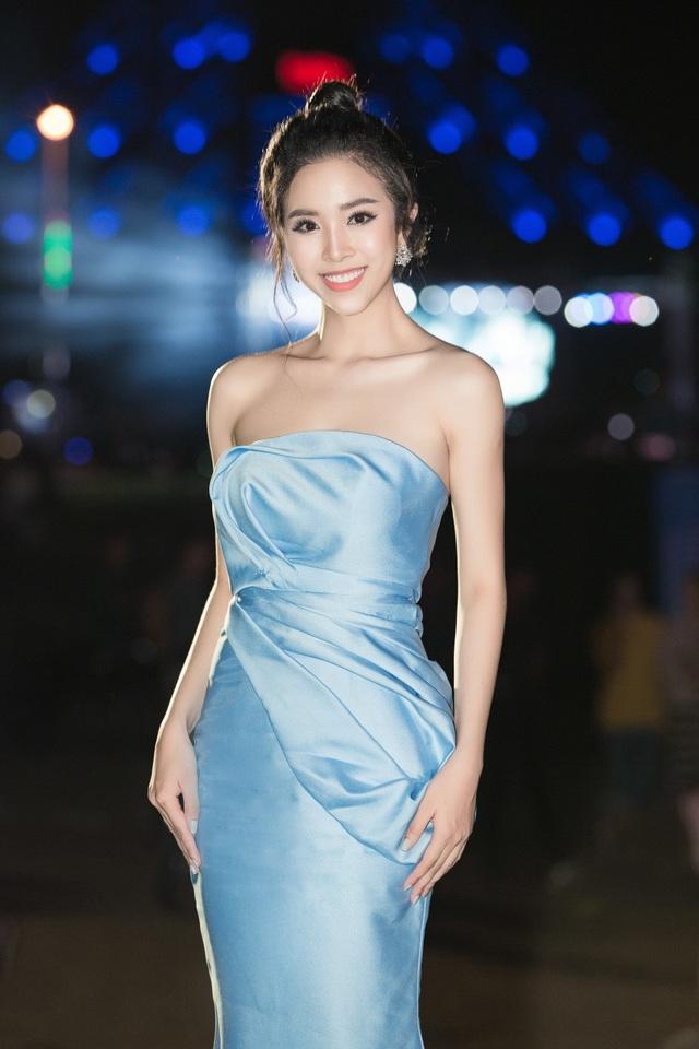 """Tiểu Vy, Phương Nga, Thuý An """"tướt mồ hôi"""" tìm sứ giả du lịch cho Ninh Thuận - 7"""