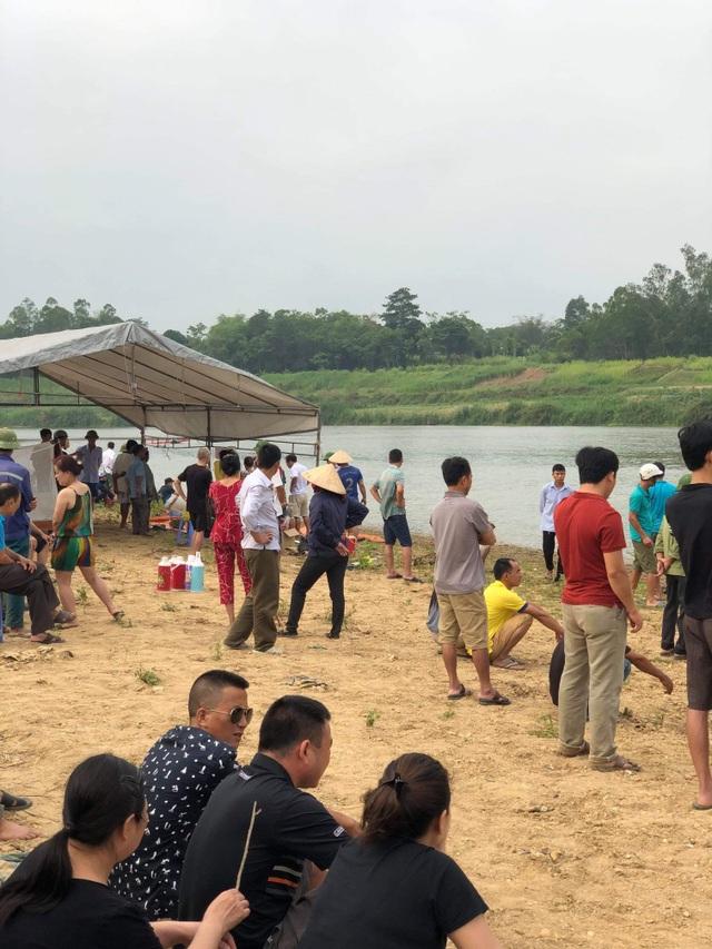 Đã tìm thấy thi thể 3 học sinh vụ đuối nước trên sông Hiếu - 3