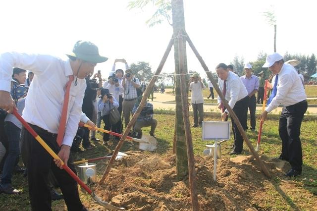 Khánh thành công trình tôn tạo bờ Nam di tích Quốc gia Hiền Lương - Bến Hải - 2