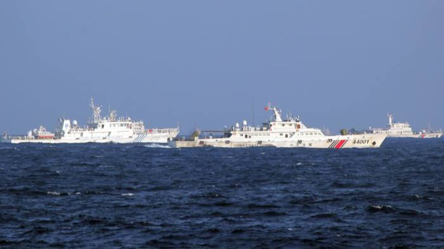Mỹ cảnh báo cứng rắn với tàu cá, tàu tuần duyên Trung Quốc - 2