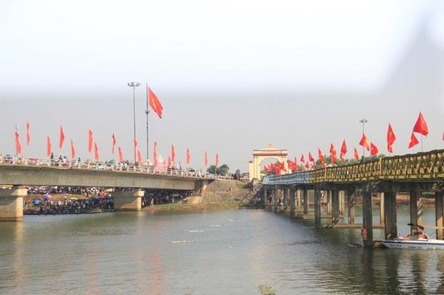 Long trọng Lễ hội Thống nhất non sông, Lễ thượng cờ ở Vĩ tuyến 17 - 6