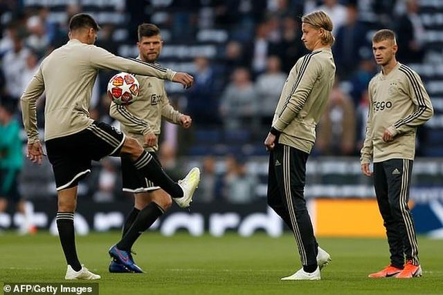 Tottenham 0-1 Ajax: Pha làm bàn của Van de Beek - 21