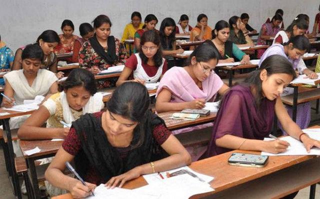 Ấn Độ: 19 học sinh tự tử vì bị chấm điểm sai - 2