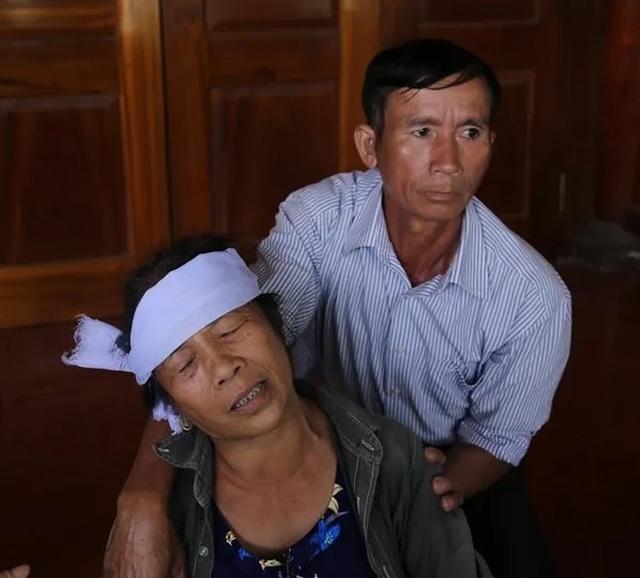 Sản phụ tử vong sau ca mổ, người nhà vây bệnh viện yêu cầu làm rõ - 1