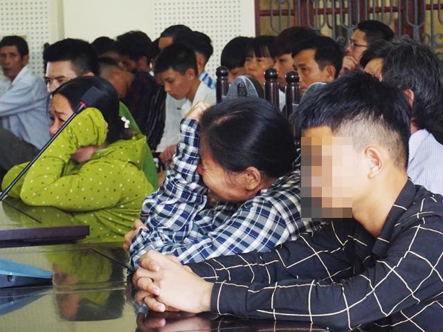 Nước mắt 3 người mẹ trong vụ án giết người hi hữu - 2