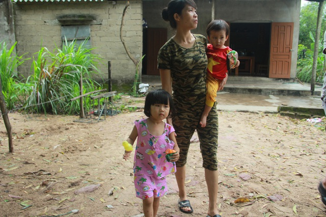 Tuổi thơ không lành lặn của 2 bé miền quê nghèo Hà tĩnh, nguy cơ mù vĩnh viễn - 8