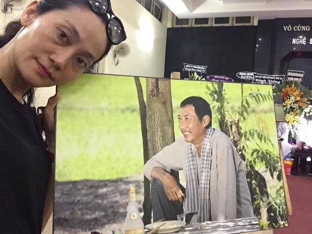 NSƯT Kim Xuân, Lê Thiện... khóc nức nở khi đến viếng Lê Bình - 18