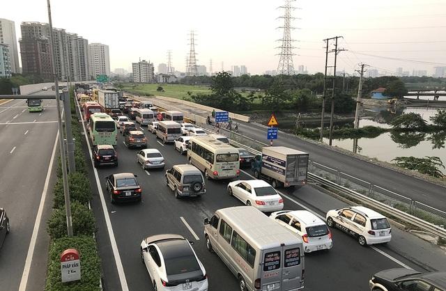 Hà Nội: Ùn tắc nghiêm trọng trên cao tốc Pháp Vân - Cầu Giẽ - 6