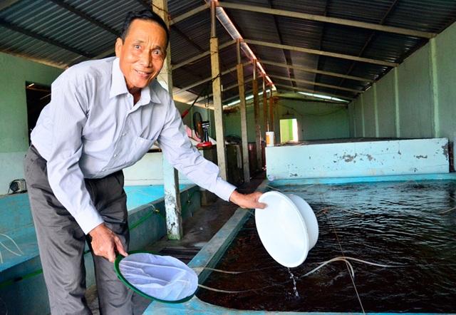 Kiên Giang: Trở thành tỷ phú nhờ nghề...đỡ đẻ cho tôm - 3