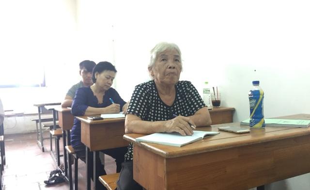Ngôi trường đặc biệt của những học viên U60, U70 - 3