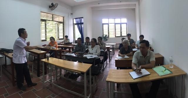 Ngôi trường đặc biệt của những học viên U60, U70 - 2