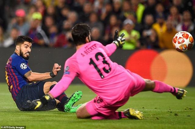 Những khoảnh khắc Messi nhấn chìm Liverpool tại Nou Camp - 3