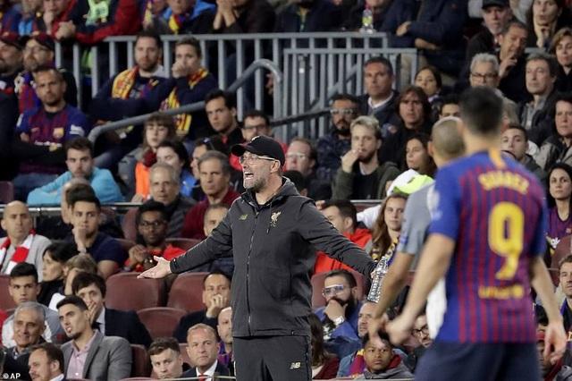 Những khoảnh khắc Messi nhấn chìm Liverpool tại Nou Camp - 16